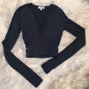 Aritzia Wilfred Free Cropped Long Sleeve Top XXS